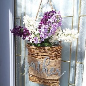 NWOT Handmade Lilac Gather Bouquet Door Decor